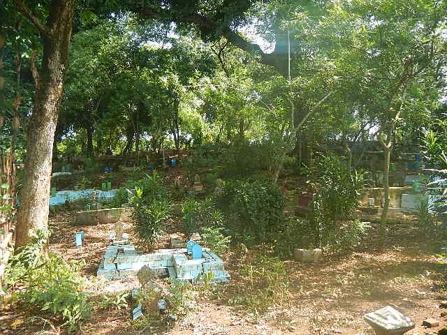 Gravery Yard by Farmer Sirno