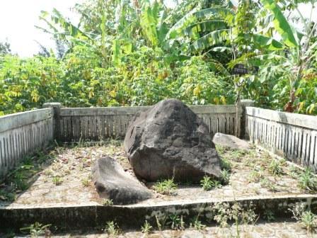 Keramat Buyut Remik - Cultural Site