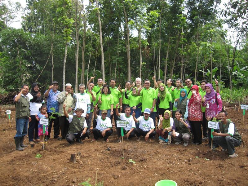 Cargill Semarang Trees Planting